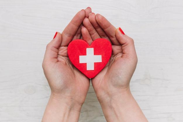 Defibrilator srčni spodbujevalnik je nujen za večjo možnost preživetja